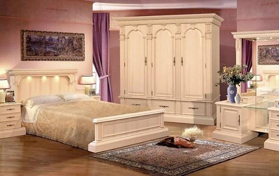 Спальни из массива дерева