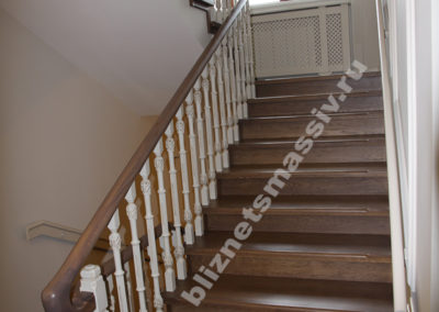 lestnica massiv3 400x284 - Портфолио лестницы из массива