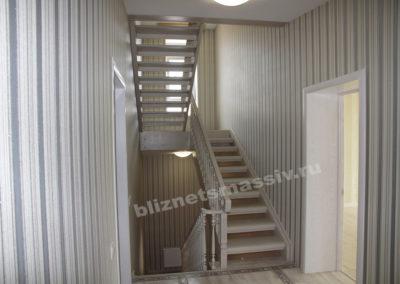 lestnicamassiv4 400x284 - Портфолио лестницы из массива