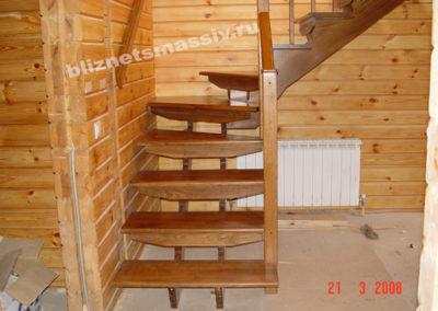 lestnicamassiv5 400x284 - Портфолио лестницы из массива